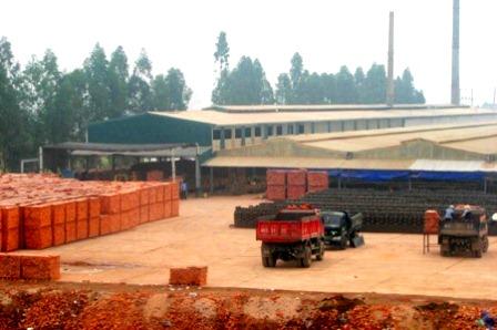 Lắp đặt dây chuyền nhà máy gạch Hoàng Kim