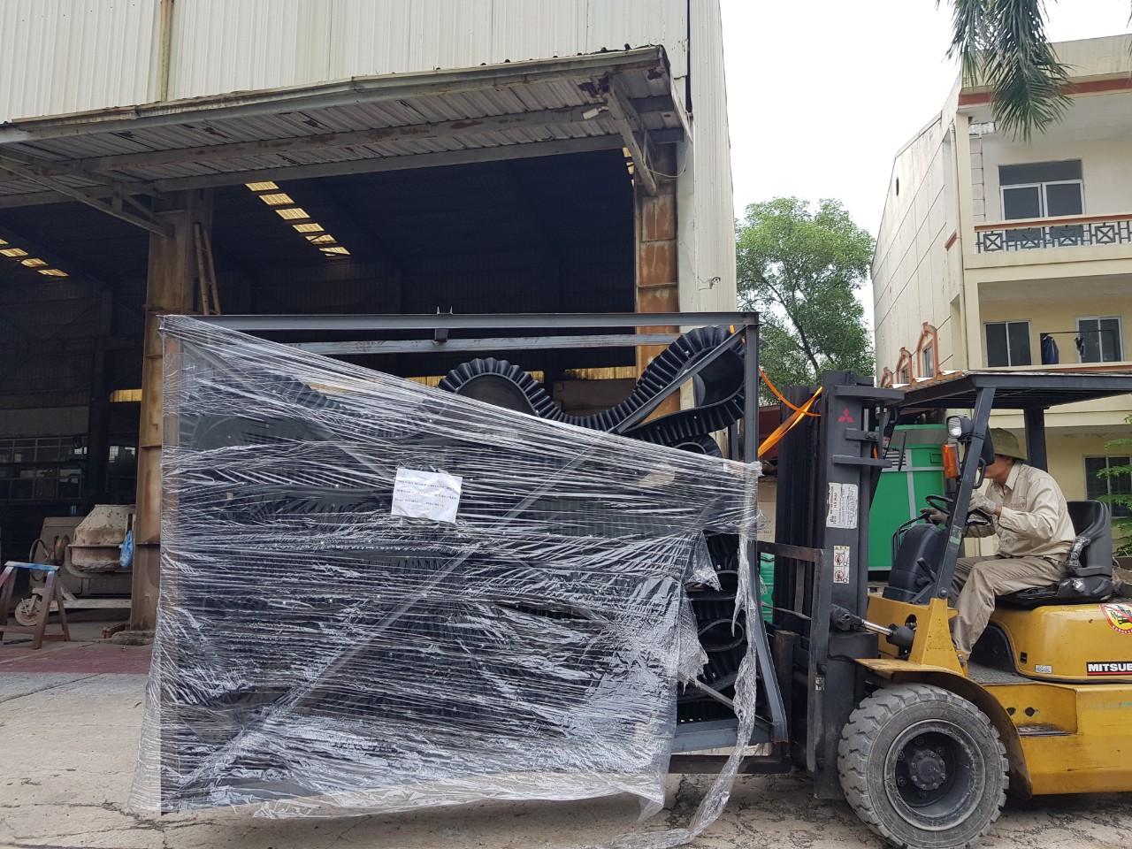 Băng tải gầu bèo lưu hóa NADACO